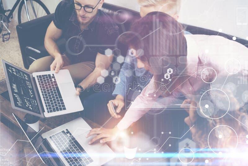 Recherche de marché virtuelle de diagramme d'interface de graphique d'icône de connexion globale de stratégie Personnes en ligne  images stock