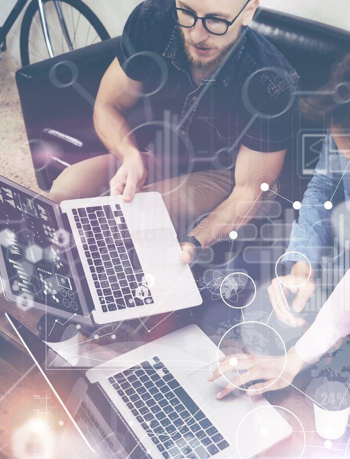 Recherche de marché virtuelle de diagramme d'interface de graphique d'icône de connexion globale de stratégie Personnes en ligne  photos stock