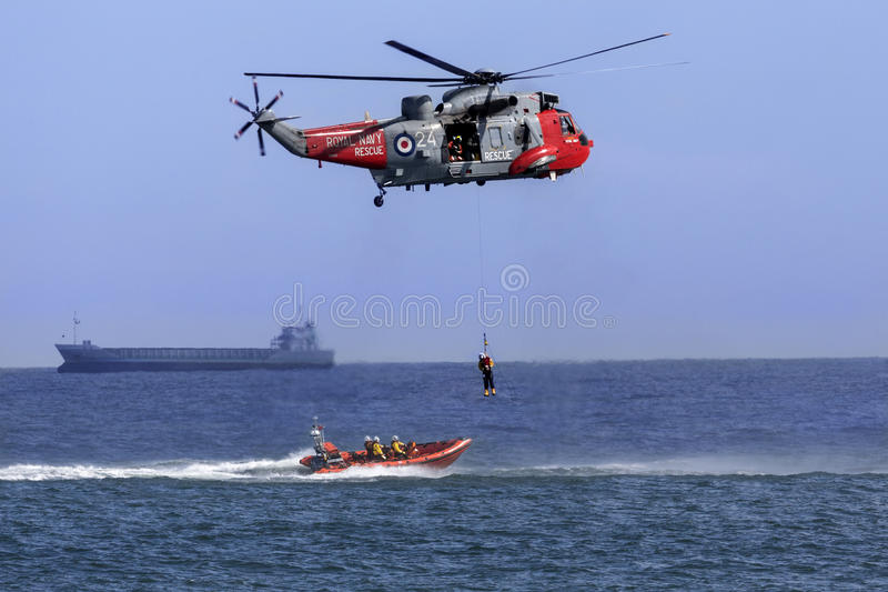 Recherche et hélicoptère de sauvetage photos libres de droits