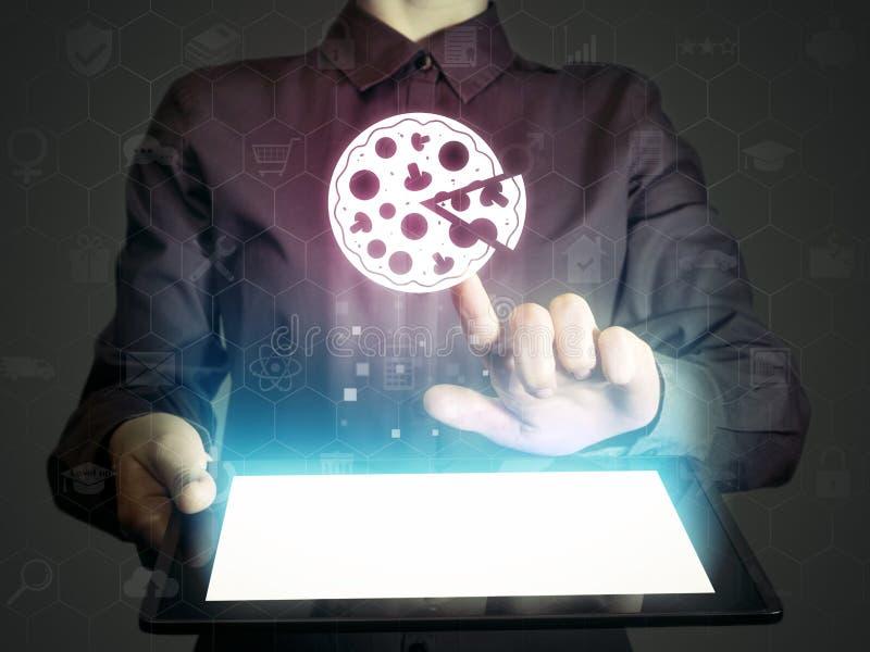 Recherche et pizza en ligne d'ordre photos libres de droits