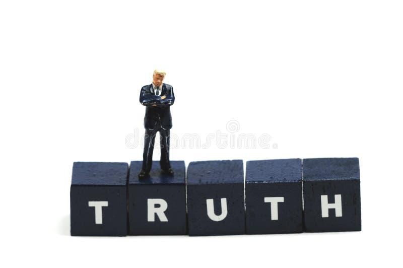 Recherche la vérité photo stock
