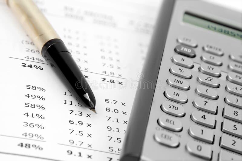 Download Rechner und Feder stockfoto. Bild von steuer, wirtschaftlichkeit - 27728260