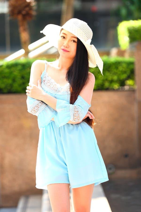 Recht asiatisches Mädchen stockfoto