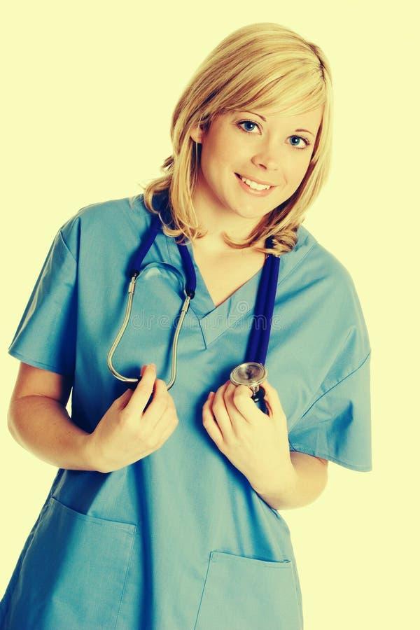 Recht blonde Krankenschwester lizenzfreies stockfoto