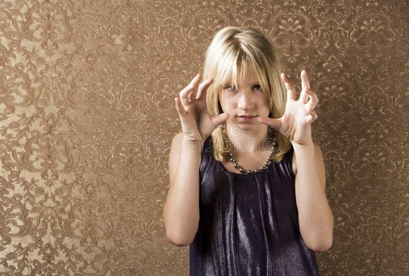 Recht junges Mädchen, das Frustration zeigt lizenzfreies stockbild