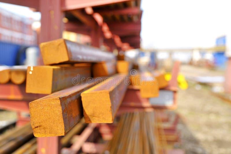 Rechthoekige staalstaven in een stapel royalty-vrije stock foto