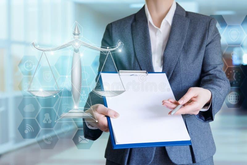 Rechtsanwalt bietet Rechtsdienstleistungen an stockfoto