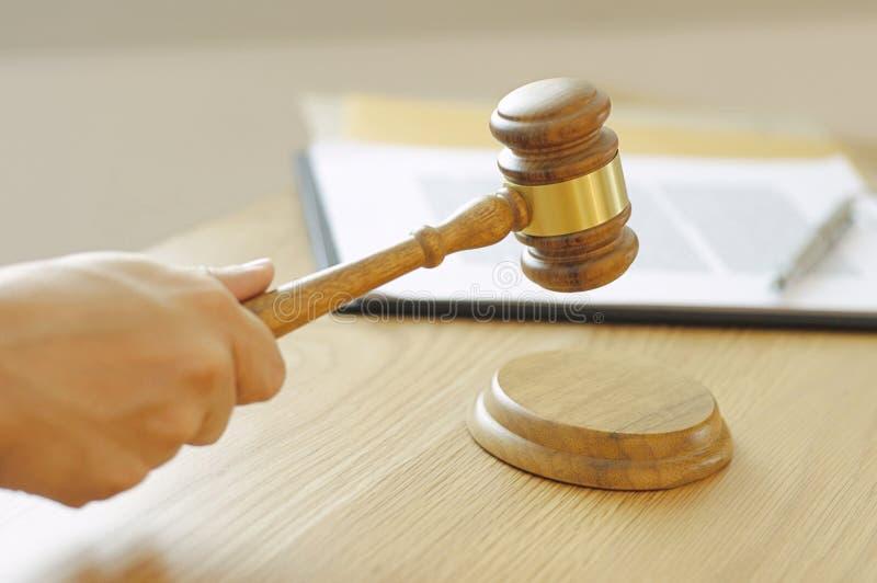 Rechtsanwalt-Consultations-Jobbüro für Zusammenarbeit zwischen Unternehmen lizenzfreie stockbilder