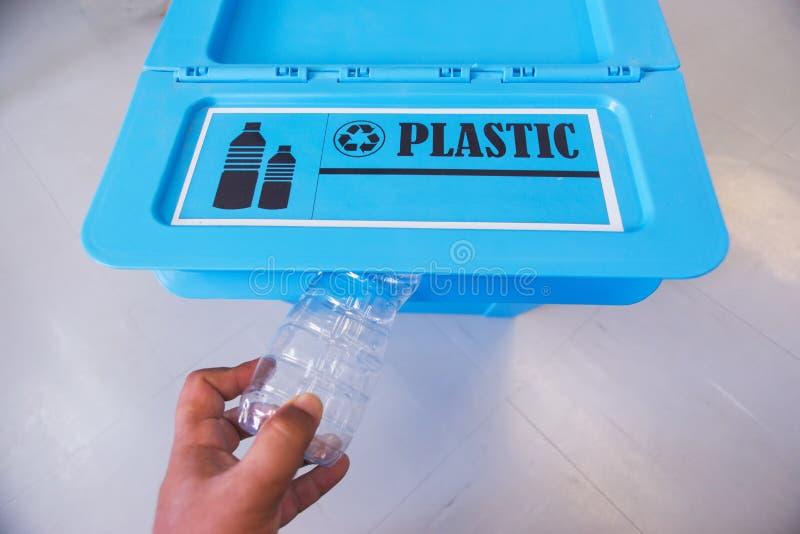 Reciclagem do lixo fotos de stock