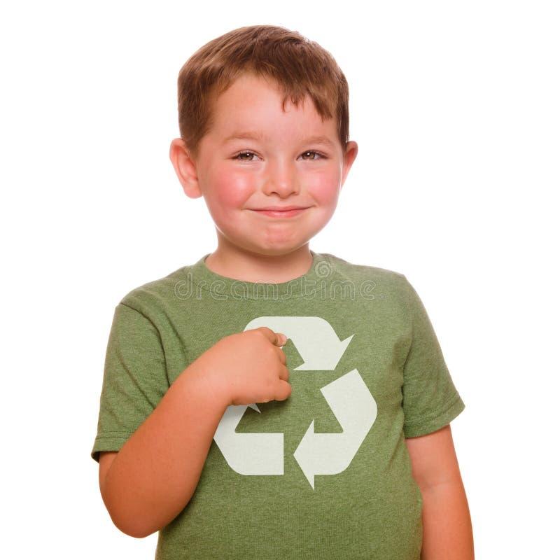 Reciclaje de concepto con el niño imagen de archivo libre de regalías