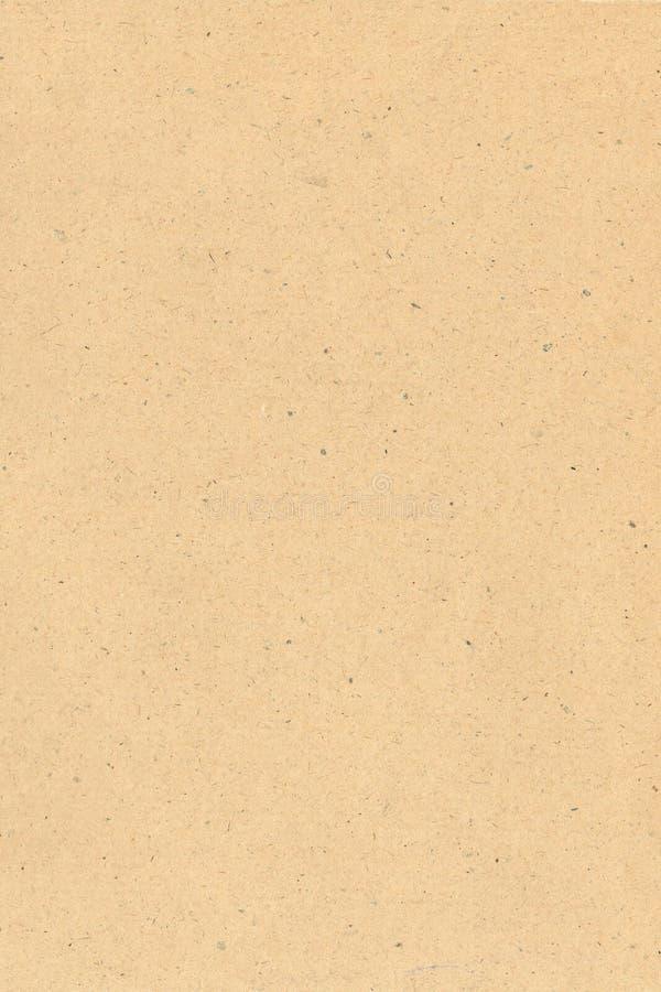 Recicle el fondo de papel del color del marrón de la textura, poniendo letras a bosquejo del libro de recuerdos y rosa fotografía de archivo libre de regalías
