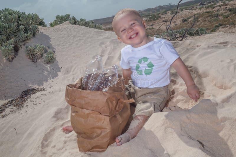 Recicle o bebê foto de stock royalty free