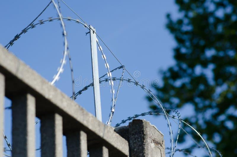 Recinto per il confine con cemento armato immagine stock libera da diritti