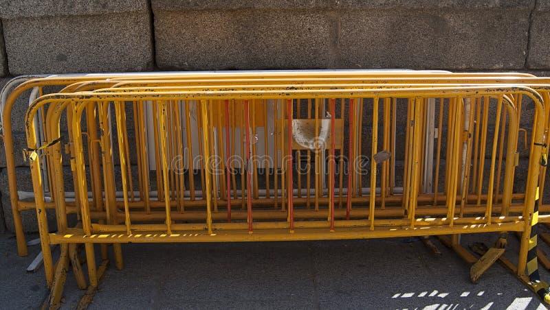 recinzioni metalliche per recintare un terreno o un luogo fotografia stock