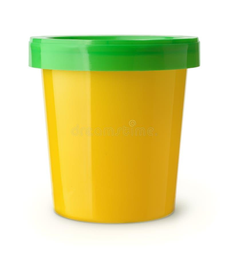 Recipiente de alimento plástico amarelo imagem de stock royalty free