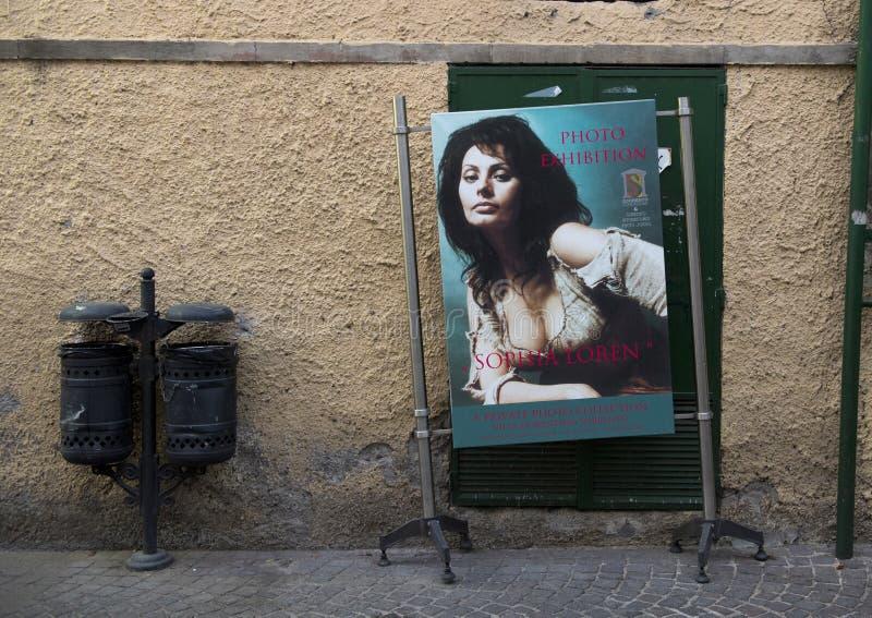 Reclame voor een privé fototentoonstelling die Sophia Loren in Sorrento, Italië kenmerken royalty-vrije stock foto's