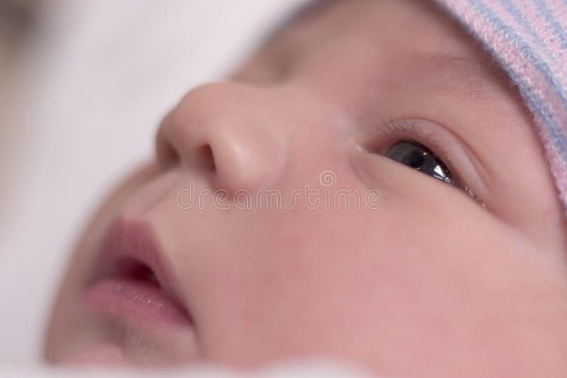 Reclinación del bebé imagenes de archivo