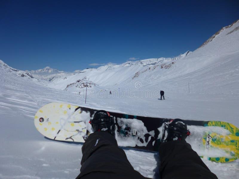 Reclinación del Snowboarder imagen de archivo