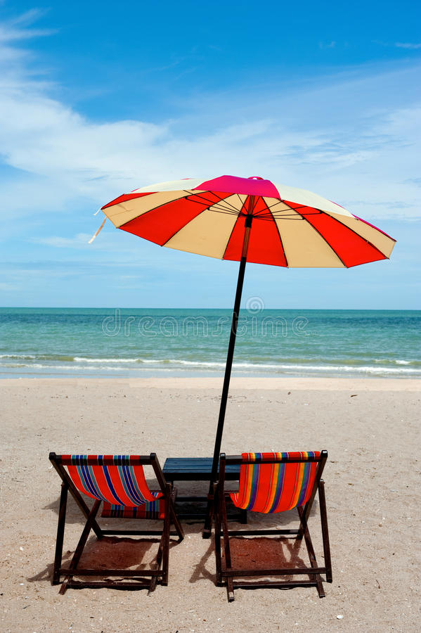 Free Recline Chair On The Beach Royalty Free Stock Photos - 16522788