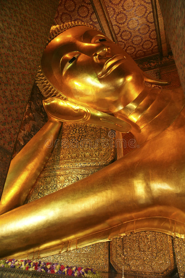 Download Reclining Buddha, Bangkok, Thailand Stock Image - Image: 15695369