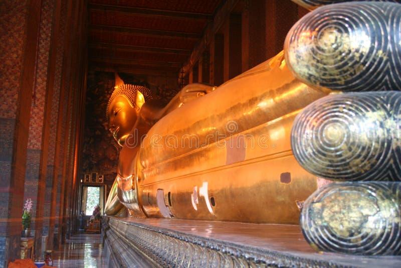 reclining wat för buddha pho arkivfoto