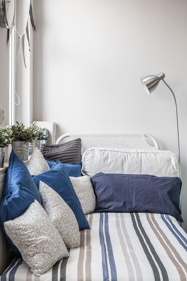Recoin confortable pour le sommeil images libres de droits