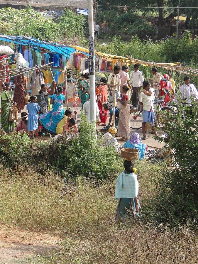 Recolhimento tribal dos aldeões imagens de stock
