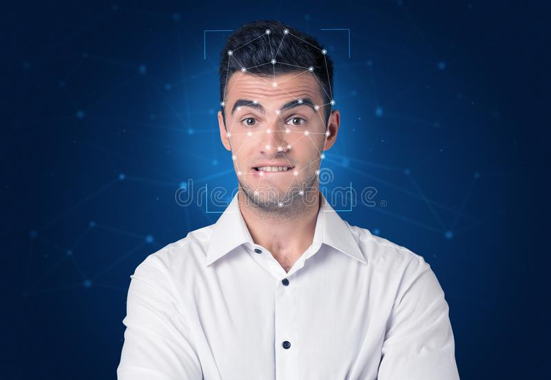Reconhecimento de uma cara mergulhando uma malha foto de stock royalty free