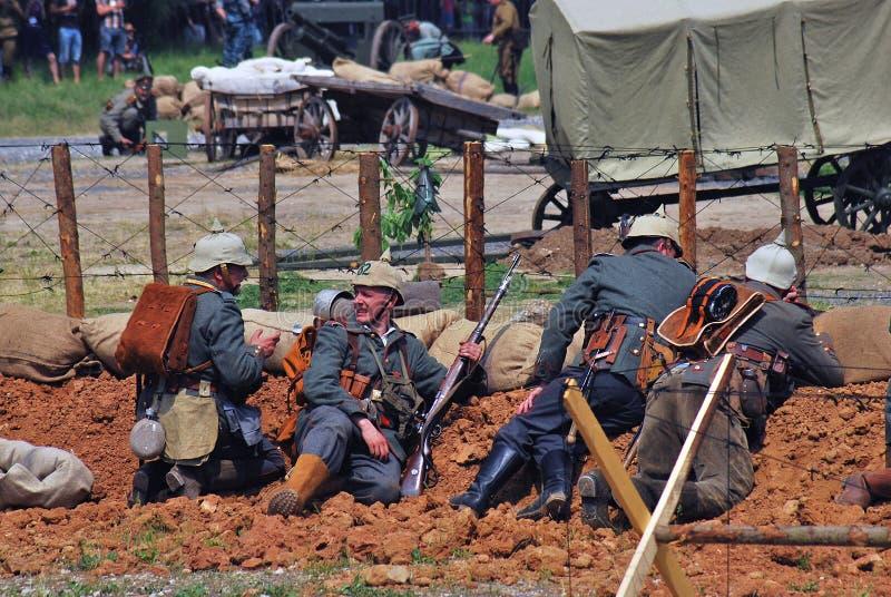 Reconstitution de bataille d'Osovets image libre de droits