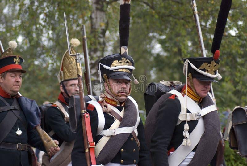 Reconstitution historique de bataille de Borodino en Russie Soldats russes d'armée photographie stock libre de droits