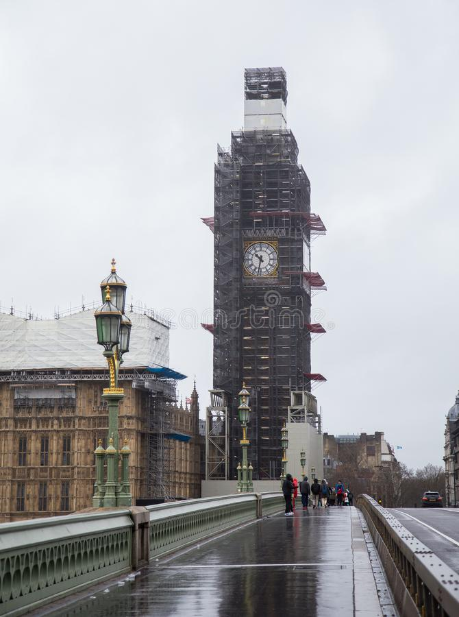 Reconstrução de Big Ben em 2019 fevereiro imagens de stock