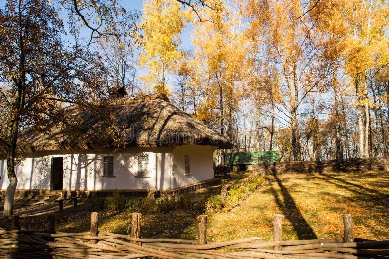 Reconstrucción de una habitación del hombre en Pereyaslav-Khmelnitsky, Ucrania imágenes de archivo libres de regalías