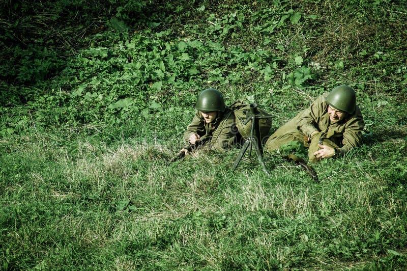 Reconstruction de bataille de la guerre mondiale 1941 2 dans la région de Kaluga de la Russie image libre de droits