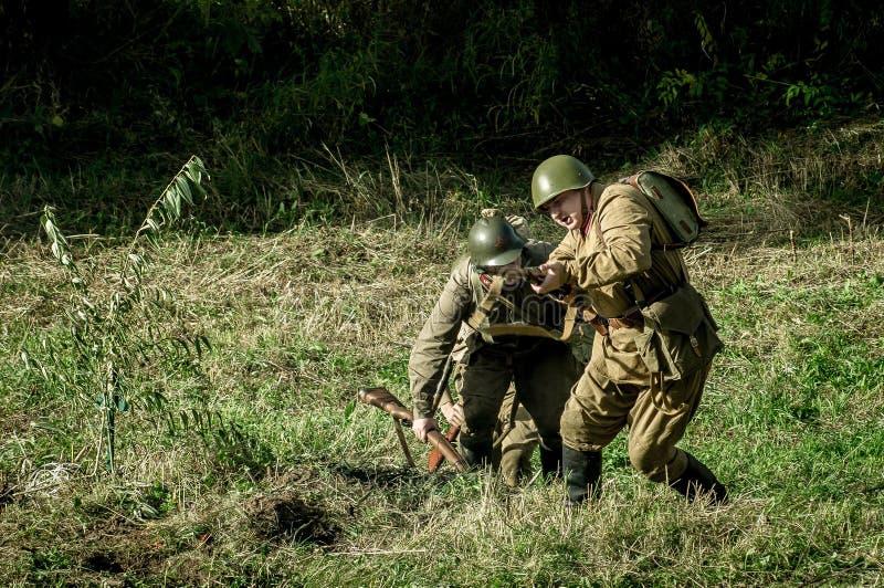 Reconstruction de bataille de la guerre mondiale 1941 2 dans la région de Kaluga de la Russie image stock