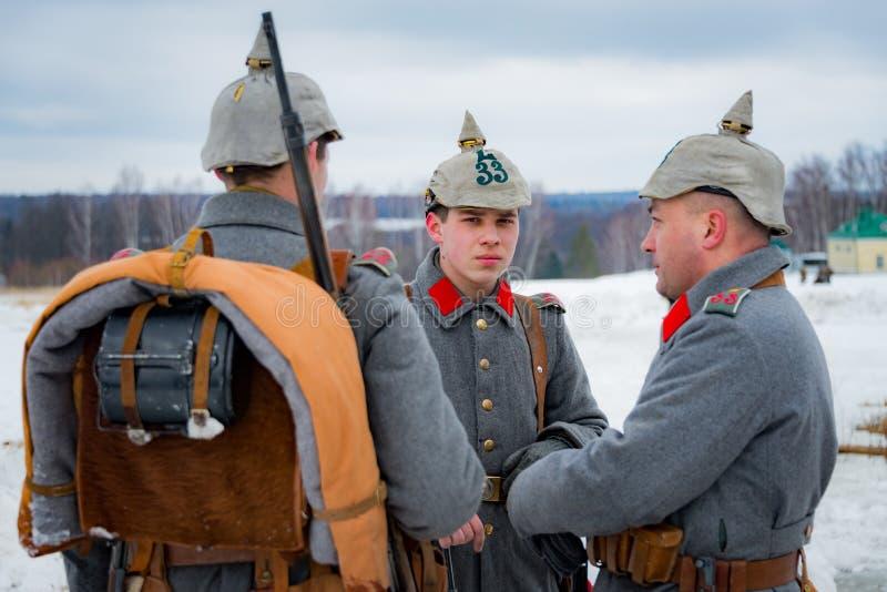 reconstruction Militaire-historique des combats des périodes de la première guerre mondiale, Borodino, le 13 mars 2016 image libre de droits