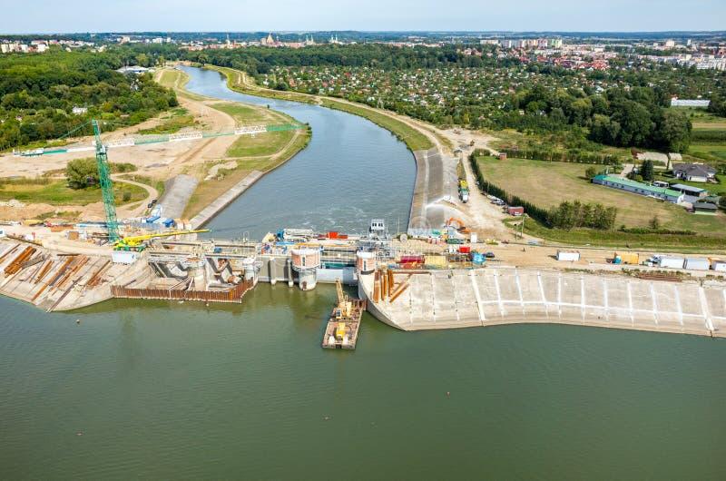 Reconstruction moderne de barrage images libres de droits