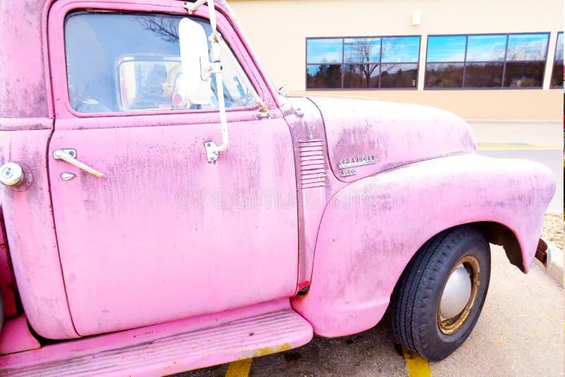 50 recordações chevy do rosa do caminhão do ` s imagem de stock