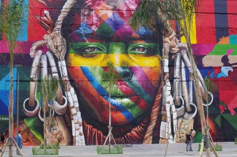 Recordes mundiais de Guinness, a pintura mural a maior da pintura à pistola por uma equipe imagens de stock royalty free