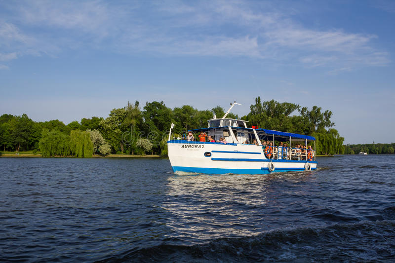 Download Recreation boat editorial stock image. Image of ferry - 26471849