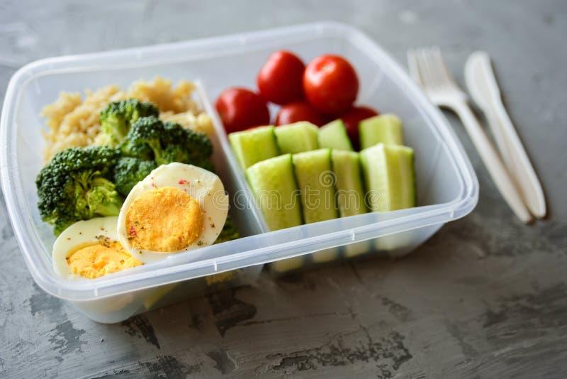 Rectángulo de almuerzo vegetariano sano foto de archivo