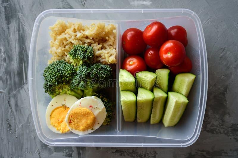 Rectángulo de almuerzo vegetariano sano foto de archivo libre de regalías