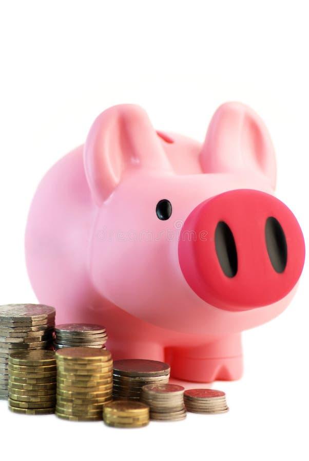 Rectángulo de dinero con las monedas foto de archivo libre de regalías