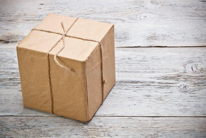 Rectángulo de regalo envuelto fotografía de archivo libre de regalías