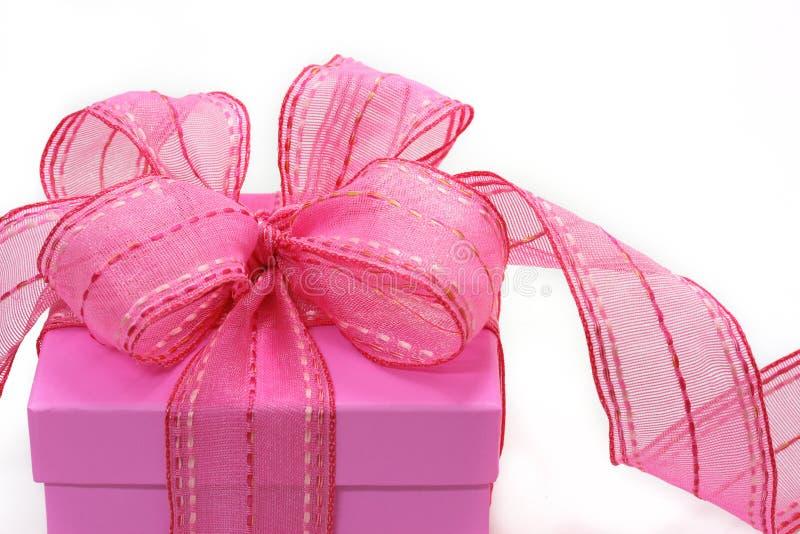 Rectángulo de regalo rosado imágenes de archivo libres de regalías
