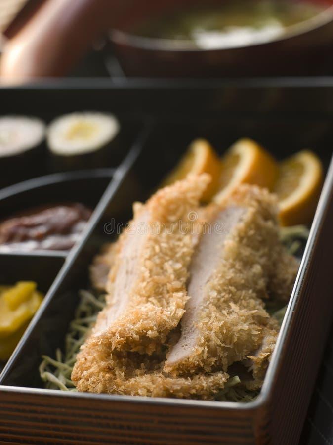 Rectángulo de Tonkatsu y sopa de Miso con las salmueras y el sushi fotos de archivo libres de regalías