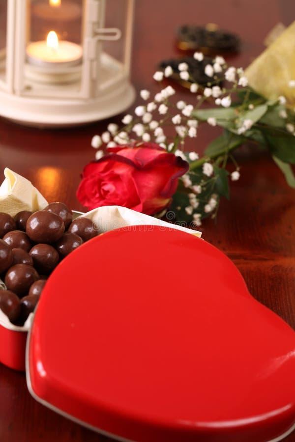 Rectángulo en forma de corazón con el chocolate fotos de archivo libres de regalías