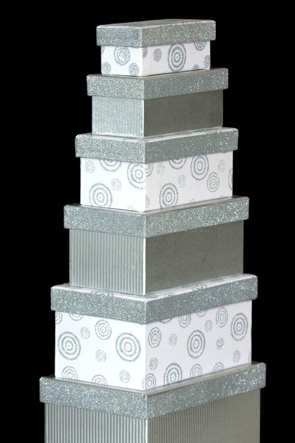 Rectángulos de regalo blancos y de plata fotografía de archivo libre de regalías
