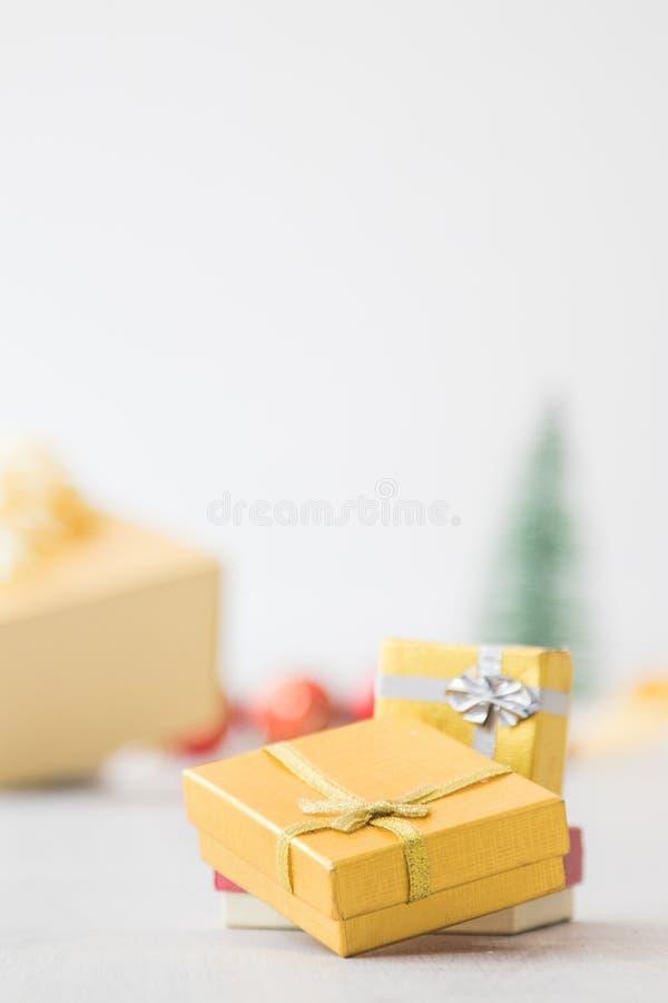 Rect?ngulo de regalo de la Navidad foto de archivo