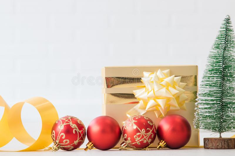 Rect?ngulo de regalo de la Navidad fotografía de archivo libre de regalías