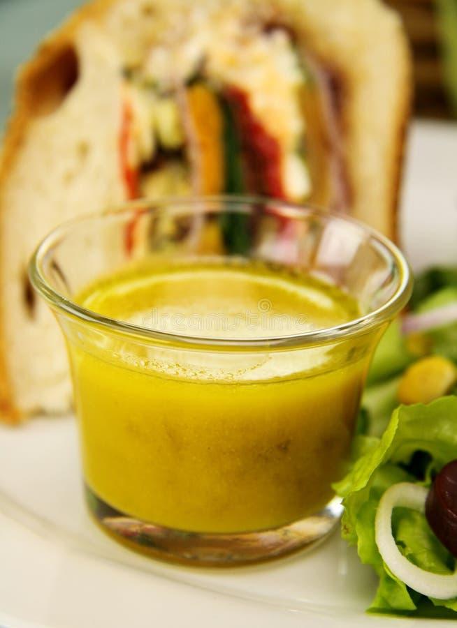 Rectification de moutarde photo libre de droits